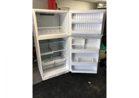 Stove /fridge