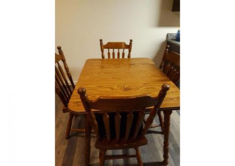 Oak Kitchen Table & 4 Chairs